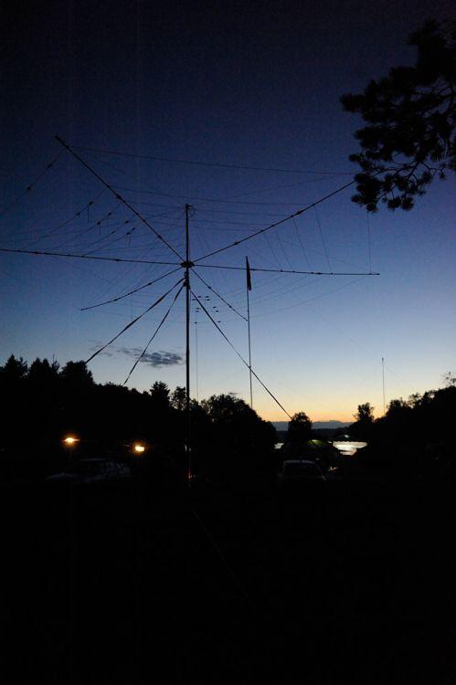 Слет радиолюбителей - Фотогалерея на CQHAM.RU: http://www.cqham.ru/foto/showphoto.php?photo=22573&title=-d1-eb-e5-f2f0-e0ae-e8-ee-eb-fe-e1-e8-f2-e5-eb-e5-e9&cat=1193