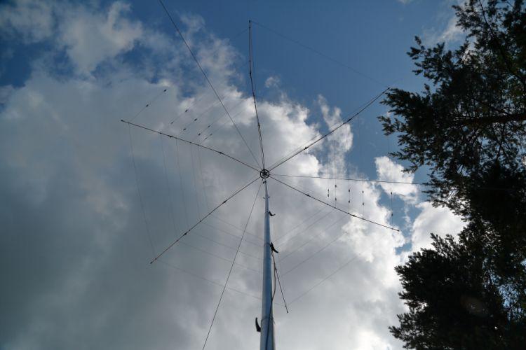 Слет радиолюбителей - Фотогалерея на CQHAM.RU: http://www.cqham.ru/foto/showphoto.php?photo=22899&title=-d1-eb-e5-f2f0-e0ae-e8-ee-eb-fe-e1-e8-f2-e5-eb-e5-e9&cat=1201