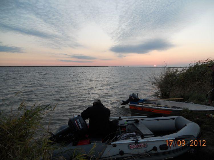 Веселовское водохранилище  RO-30.  Раннее утро..