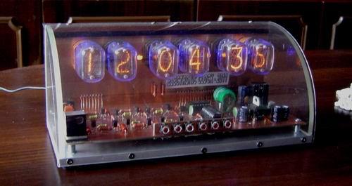 Часы на ИН-12Б.