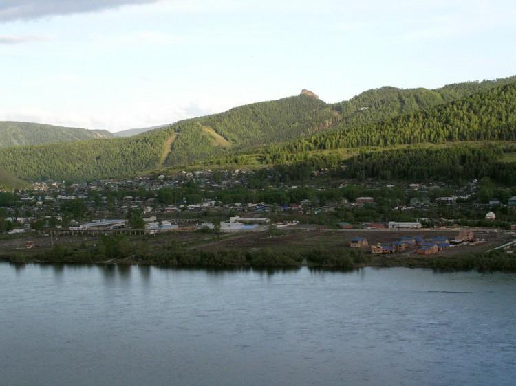 Вид на левый берег Енисея.
