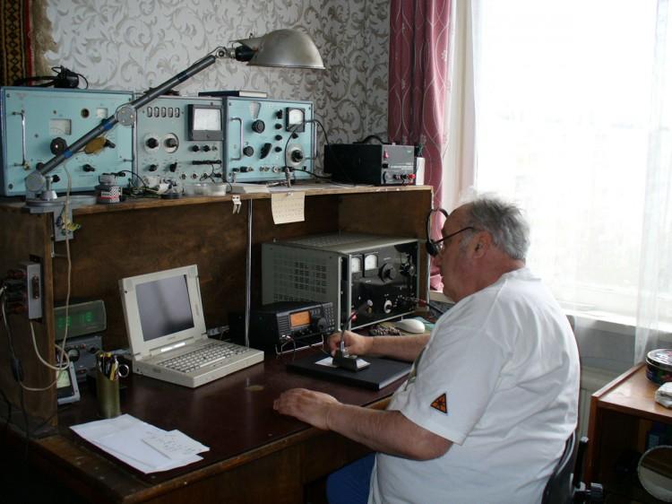 Яков Лаповок UA1FA в эфире