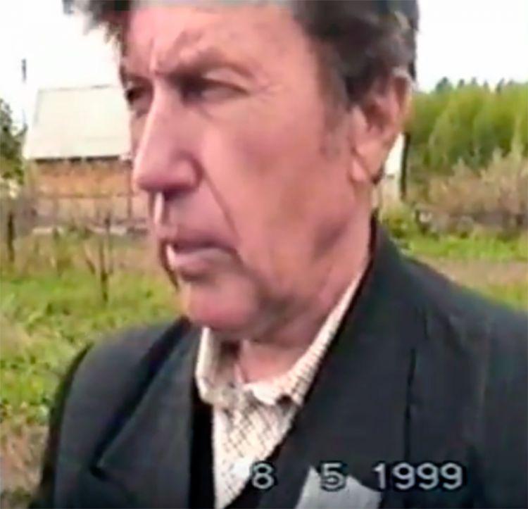 RW3SG Сергей Побежимов. На слете р/любителей Рязанской области. 1999.