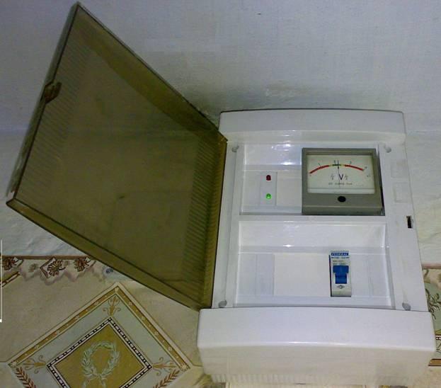Автомат защиты сети от перенапряжения.